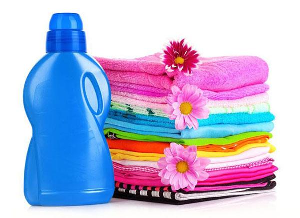 Ưu điểm của nước giặt trong giặt máy không phải ai cũng biết