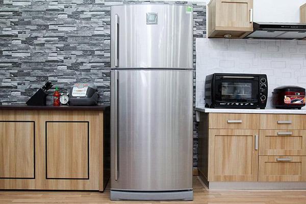 Sửa tủ lạnh Electrolux tại nhà Hà Nội